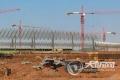 泸州云龙机场航站楼玻璃幕墙安装正式展