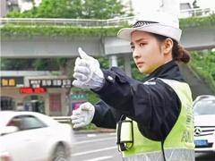"""市交警支队上线 与市民""""零距离""""共话交通安全"""