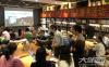 泸州作家冰春长篇小说《川江英雄》签名赠书活动举行