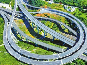 泸州两条高速投资协