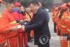 龙马潭区委书记慰问环卫一线工人