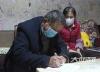 纳溪区上马镇:1万多份家庭责任书助力战疫