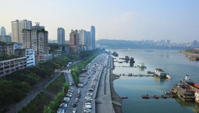 """封闭150天 泸州""""飞机坝""""停车场恢复开放"""